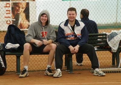 У Романа Богатова (слева) и лидера Новгородского рейтинга Вячеслава Королева хорошее настроение