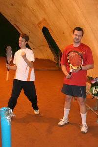 ...но финалист Черлов Ярослав (на фото справа) тоже не унывал - лучшие матчи впереди!