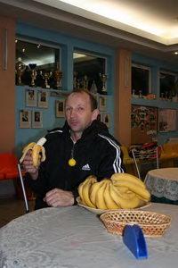 Владимир Ярец восстанавливает силы перед финалом среднего дивизиона