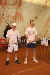 Финалист нижнего дивизиона Павел Рыбаков (слева) и победитель Родионов Алексей