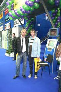 Победитель многих наших турниров Игорь Иванов (на фото слева)