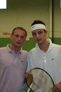 Лучшие теннисисты встречаются на кортах