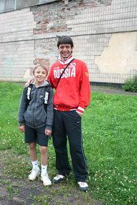 Юный Александр, при помощи своего наставника Кирилла Яшкова, готовится штурмовать теннисные вершины