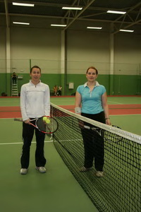 Екатерина Кораблева (на фото слева) и Черлова Елена