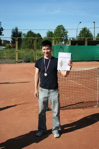Победитель в среднем дивизионе Хван Виталий