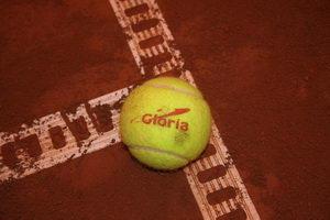 Мячи Глории вышли на турнирные орбиты