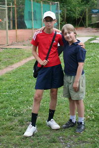 Евдокимов Борис (Л) и Багликов Кирилл - сдружились на корте во время напряженных матчей