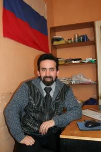 Занятия вводного курса обучения теннису  ведет Станислав Кравцов