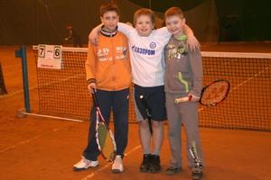 Георгий Стрельников (слева направо) приобрел на турнире новых друзей - Утешева Макария и Салина Сергея