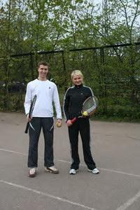 Татьяна горит желанием возобновить теннисную практику - Павел с удовольствием сыграет с ней в миксте