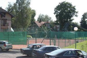 Открытый теннисный корт Андреевского клуба