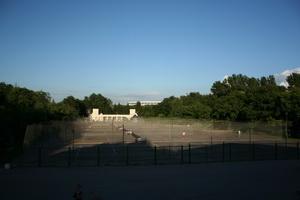 Теннисная идиллия. Асфальтовый рай